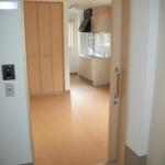 居室の出入り口と内部